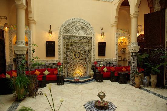 Riad Ibn Battouta: fontaine