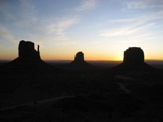 Window Rock, อาริโซน่า: L'alba più bella della mai vita.....ore 7,10 ............freddissimooooooooooo