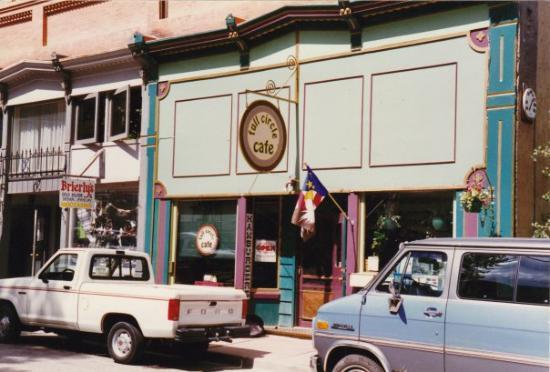 """จอร์จทาวน์, โคโลราโด: Full Circle Cafe ( """"Sightings"""") - Georgetown, Colorado"""