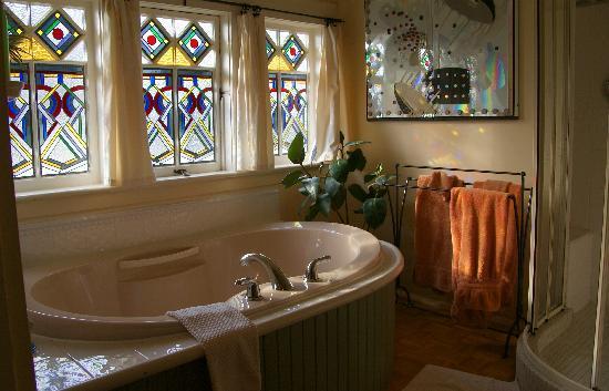Andersen House Bed & Breakfast: Bathroom