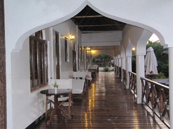 Zanzibar Retreat Hotel: the area outside the rooms