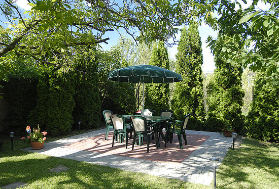 Villa Korall Pension: Garden