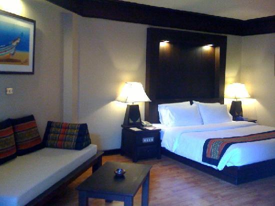 Beyond Resort Kata: Big rooms