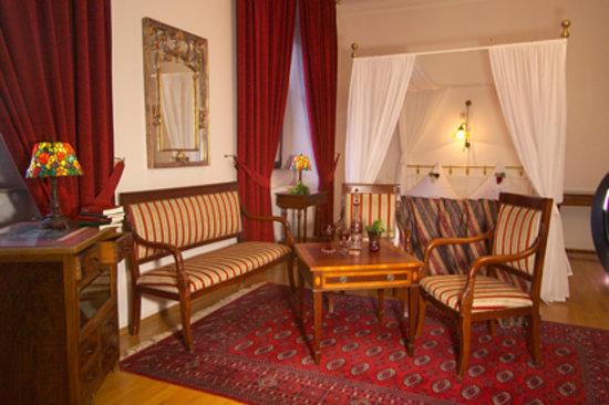 Hotel Vier Jahreszeiten: SACHS-Zimmer
