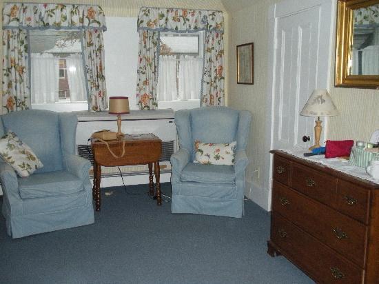 North Bridge Inn: Beautiful Sunlight Room