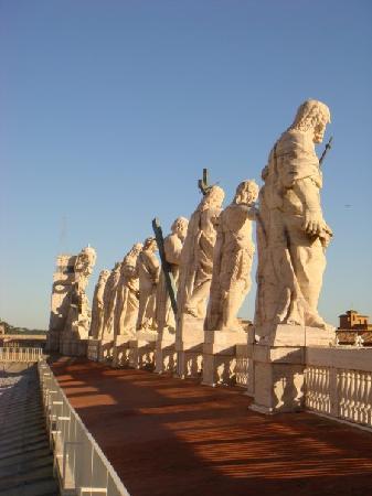 Собор Святого Петра: San Pietro