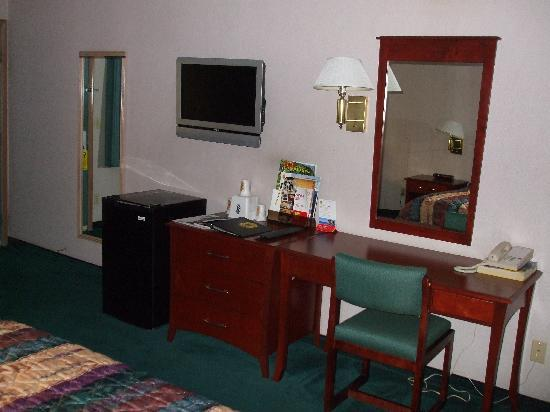 Americas Best Value Inn - Phoenix / Ashland: good furnishings