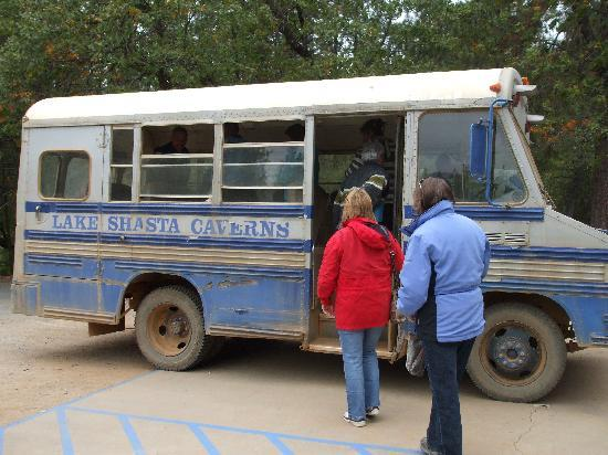 Super 8 Redding: Lake Shasta Caverns trip, bus boat and cave