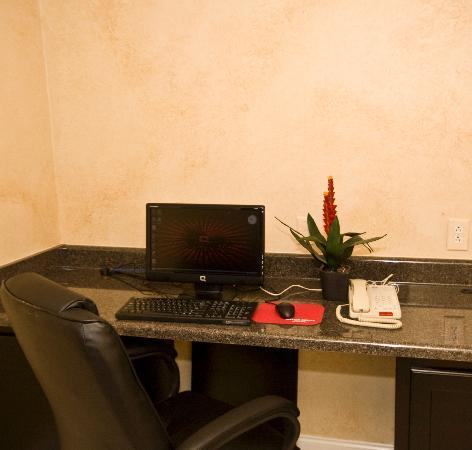 Olive Branch, MS: business center