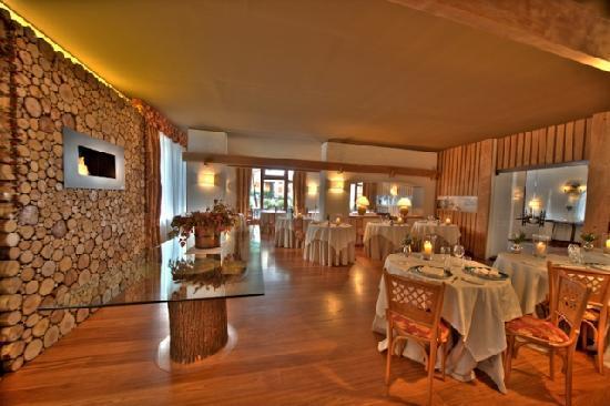 Hotel Cresta et Duc : Duc's Restaurant