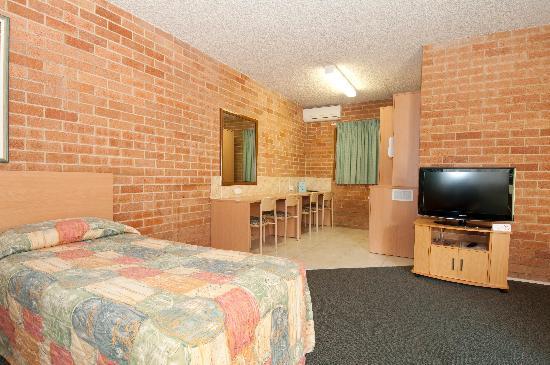 New Olympic Motel : Family Room