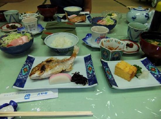 Nagasaki Hotel Ihokan: Japanese style breakfast - delicious!