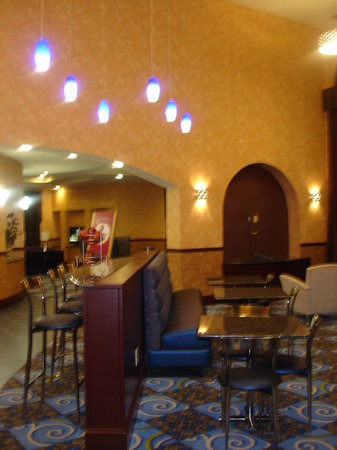 Comfort Suites Smyrna: breakfast