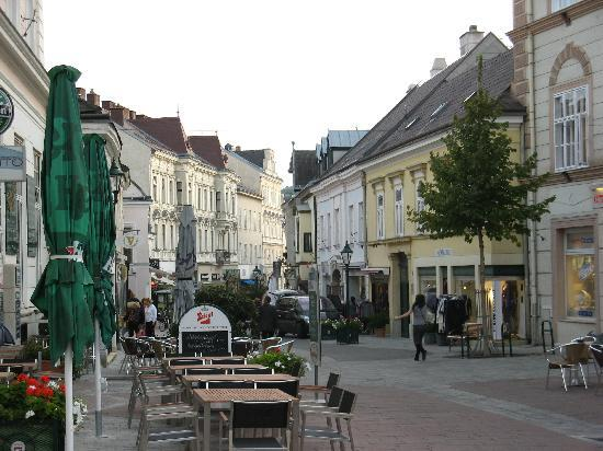 Modling, Austria: Street view