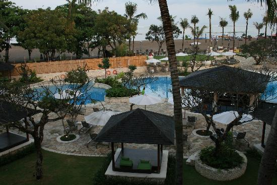 Holiday Inn Resort Baruna Bali: pool
