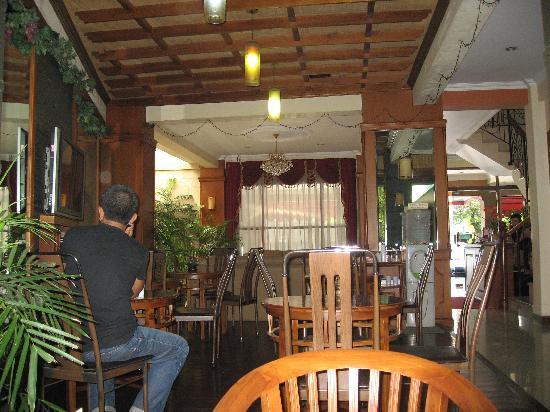 Ardellia Hotel: Dining area
