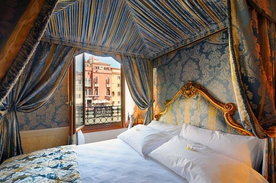 Hotel Canal Grande: Prestige Canal Grande Room