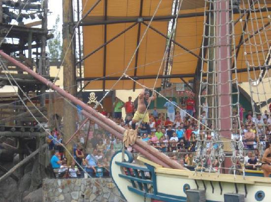 Parque Isla Magica : Espectáculo de Piratas
