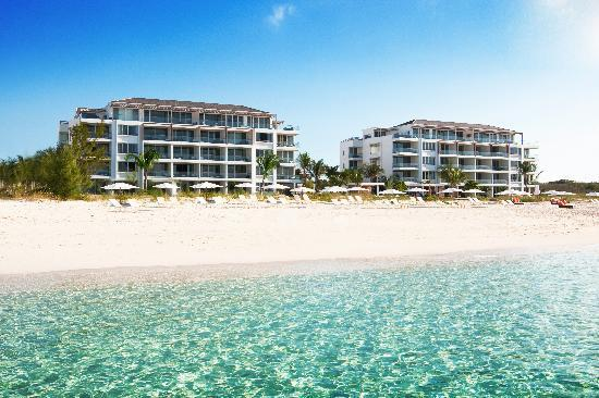Gansevoort Turks + Caicos: Gansevoort Hotel View from Beach