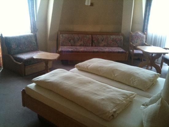 Ringhotel Nassau Oranien: room1