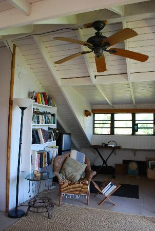 Maravilla Guesthouse: Read and enjoy