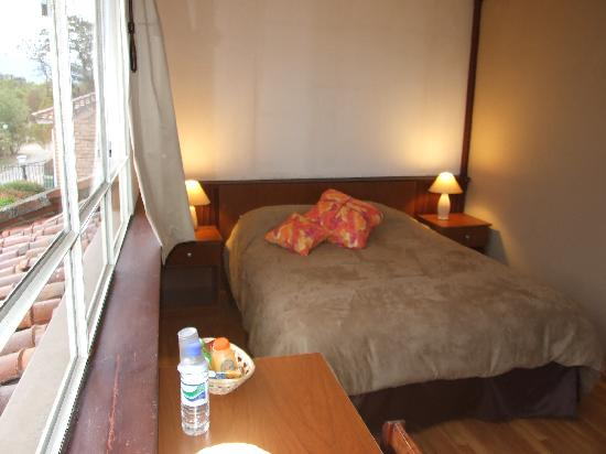 Riverview Hotel Cuenca: OUR NICE ROOM