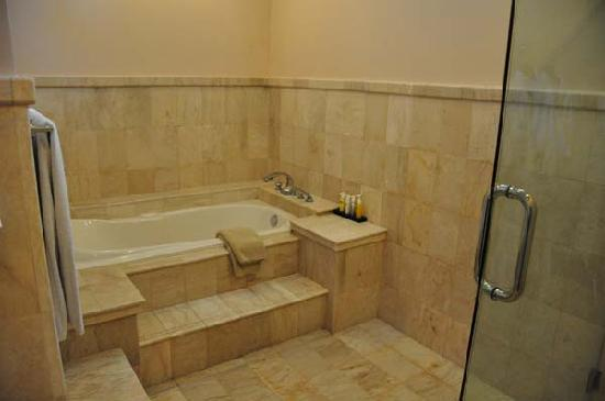 Asri Jewel Villas & Spa: The nice bathroom