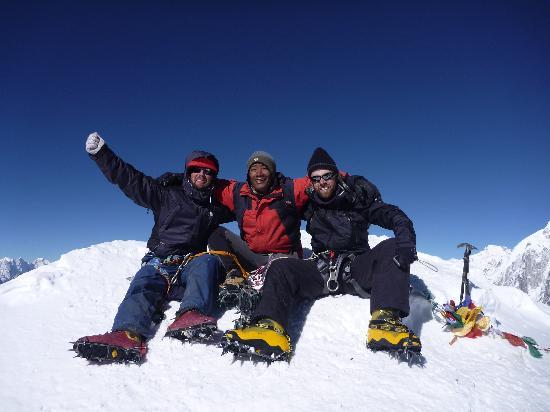 Hotel Encounter Nepal: Island peak summit