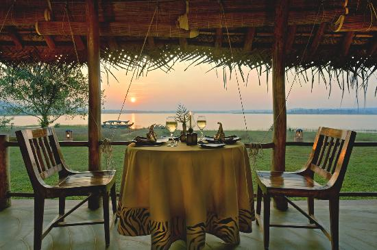 Orange County Resorts Kabini: Restaurant at sunset