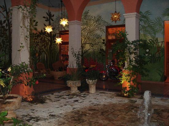Hotel Casa San Angel: LOBBY