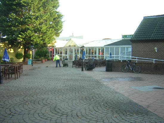 Mill Rythe Holiday Village: Main Entrance