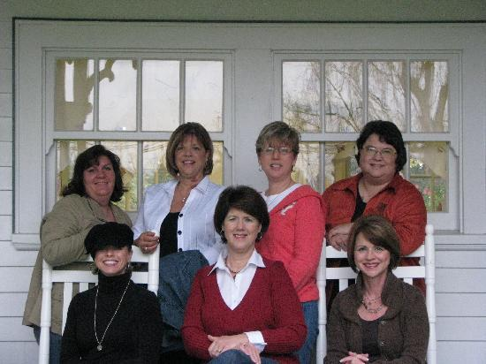 "Kelty Estate Bed and Breakfast: The ""girls"" on the porch heading out for the wine tasting tour."
