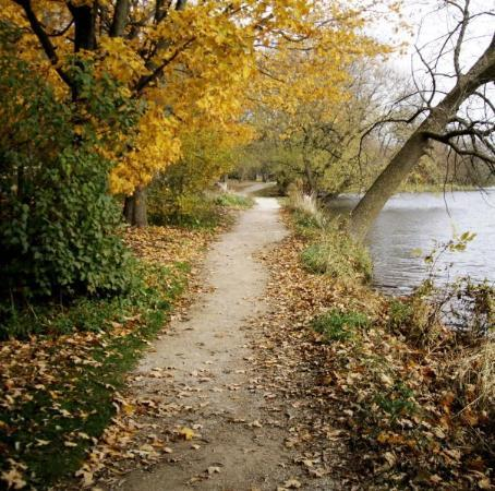 Stratford, Canada: One of the paths along the River.