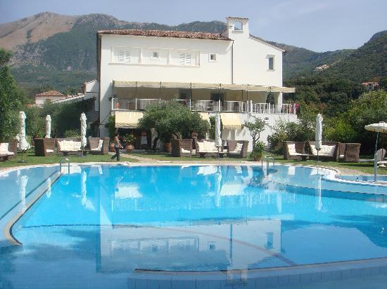 Santavenere Hotel : the hotel