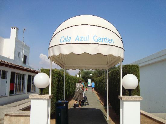 Inturotel Cala Azul Garden: entrance to Gardens - tucked away!!