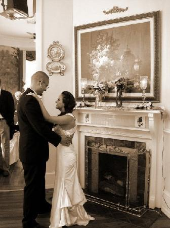 Stanley House Inn: First Dance in the Main Room of The Stanley House!