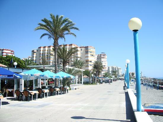 La Mar Chica: Typical restaurant on Paseo