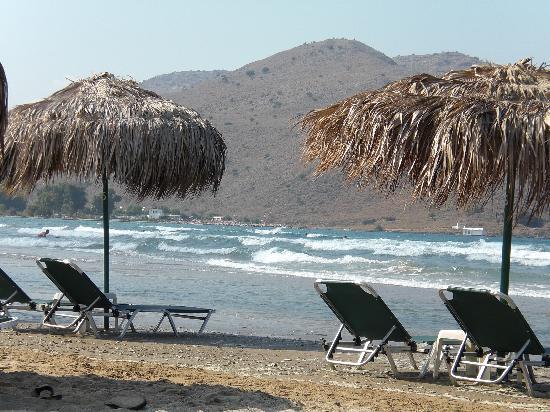 Corissia Beach Hotel: plage à 10mn