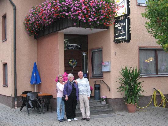 Lichtenau, Germany: Entrance to Gasthaus zur Linde