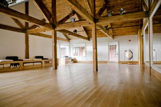 Litchfield, CT: Charym Interior Yoga Studio