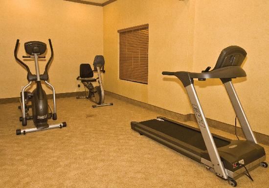 Sleep Inn & Suites : Our Fitness Area