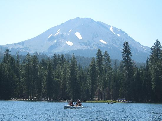 Manzanita Lake Campground: Manzanita Lake