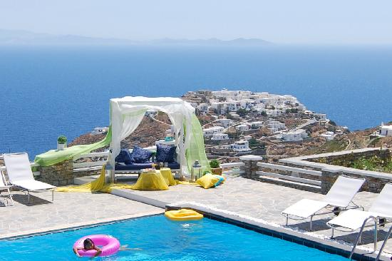 Apollonia, Греция: Gerofinikas Pool over Kastro and Aegean