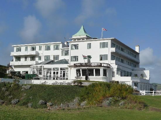 Fine example of art deco picture of burgh island hotel for Art deco hotel devon