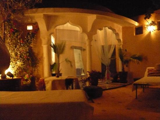 Riad Dollar Des Sables: Hammam and massage room