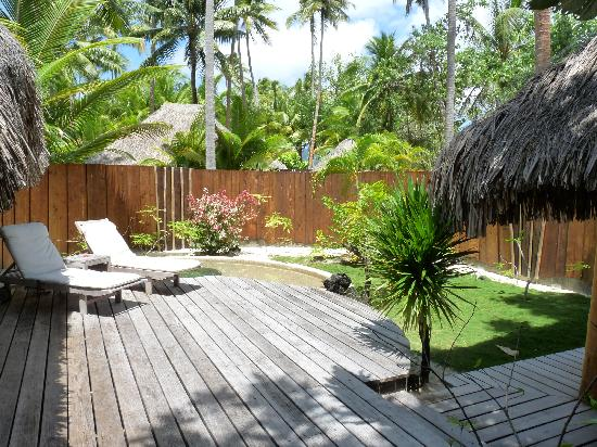 bungalow jardin avec piscine picture of bora bora pearl. Black Bedroom Furniture Sets. Home Design Ideas