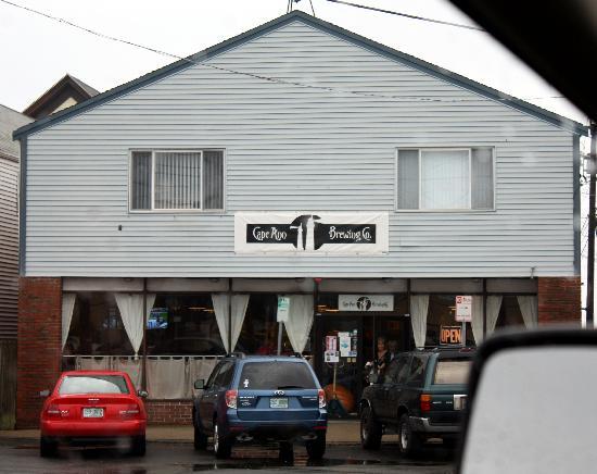 Cape Ann Brewing Company & Brewpub: The outside.