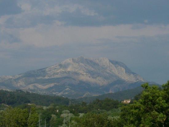 Montagne Sainte Victoire: Aix-en-Provence 6.5.2007