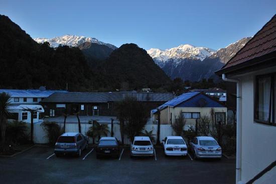 Bella Vista Motel Franz Josef Glacier: dawn in Franz Joseph Glacier