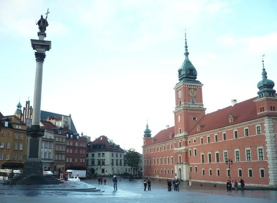The Royal Castle in Warsaw - Museum : Piazza del castello Reale